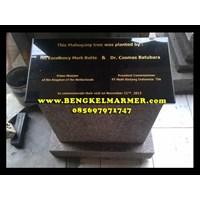 Ukiran Monumen Plakat Prasasti Peresmian Marmer Granit 1