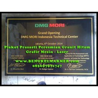 Jual www.BENGKELMARMER.com Plakat Prasasti Peresmian Desain Komputer Ukiran Grafir Mesin Laser Marmer Putih Granit Hitam