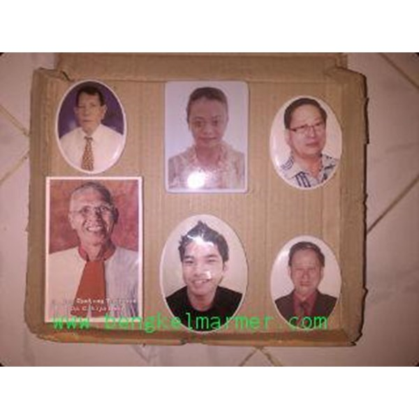 www.BENGKELMARMER.com Christian Tombstone Headstone Photo