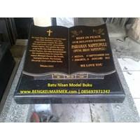 Jual www.BENGKELMARMER.com Plakat Batu Nisan Makam Kuburan Model Buku Alquran Alkitab Marmer Granit Hitam TPU Karet Bivak Tanah Kusir Kampung Kandang Pemerintah Jakarta
