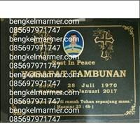 Jual Batu Nisan Kristen Marmer Granit Ukuran 40x60cm