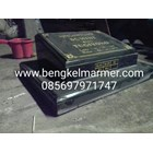 www.bengkelmarmer.com Batu Nisan dan Monumen Plakat Prasasti Pemakaman Kuburan Murah Jakarta Selatan 5
