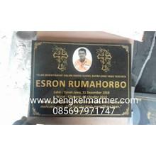 www.bengkelmarmer.com Batu Nisan dan Monumen Plakat Prasasti Pemakaman Kuburan Murah Jakarta Selatan
