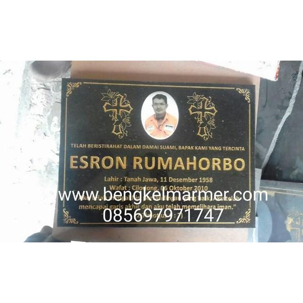 www.bengkelmarmer.com Batu Nisan dan Monumen Plakat Prasasti Pemakaman Kuburan Murah TPU PONDOK RANGON