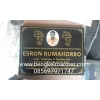 www.bengkelmarmer.com Batu Nisan dan Monumen Plakat Prasasti Pemakaman Kuburan Murah TPU JERUK PURUT