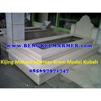 www.bengkelmarmer.com Kijing Bangunan Makam Lengkap Batu Nisan dan Monumen Plakat Prasasti Pemakaman Kuburan Murah Kirim Pasang Jakarta Selatan Murah 5