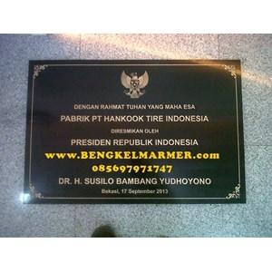 www.bengkelmarmer.com Contoh Ukuran Harga Batu Prasasti Marmer Plakat Peresmian Gedung Kantor Pabrik Jakarta Bogor Depok Tangerang Bekasi Cikarang Karawang