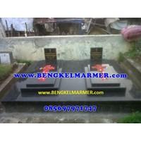 Distributor www.bengkelmarmer.com 085697971747 Pabrik Percetakan Pembuat Batu Nisan dan Monumen Makam Marmer Granit Pemakaman Kuburan Jayapura Papua 3