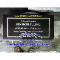 Beli www.bengkelmarmer.com 085697971747 Pabrik Percetakan Pembuat Plakat Prasasti Batu Nisan dan Monumen Marmer Granit Denpasar Bali 4