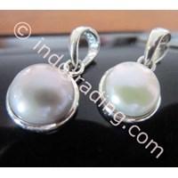 Mainan Kalung Mutiara Putih