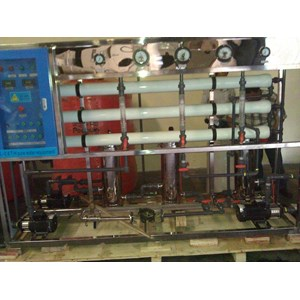 Mesin RO 1000 GPD (Mesin Penyaring Minuman)