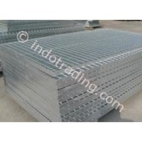 STEEL GRATTING / GALVANIEZ 1