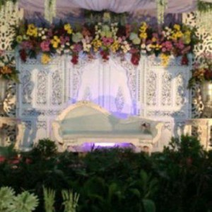 Sell flowers wedding flower decoration services to surabaya surabaya flowers wedding flower decoration services to surabaya surabaya wedding junglespirit Image collections