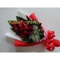 Bunga Hand Bucket - Surabaya Lestari Florist 1
