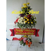 Bunga Standing Untuk Ucapan Pernikahan - Toko Bunga Surabaya 1