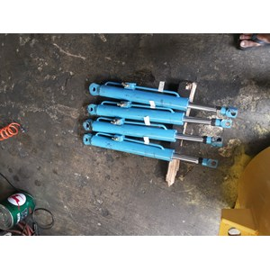 Dari Silinder Hidrolik wingbox 0