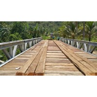 Pembuatan Jembatan Besi