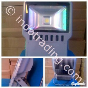 Led Sorot Berdiri (Chip)100 Watt