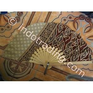 Kipas Batik Bambu