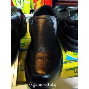 Sepatu LD KING