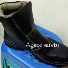 Sepatu KPR K-806