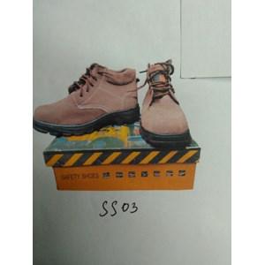 Sepatu Forklift SS03