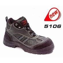 Sepatu Cheetah 5106