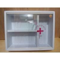 Kotak Obat Gantung First Aid Box
