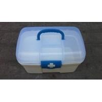 Kotak Obat Plastik Portable Handle Metro Box Sekat Lucky Star