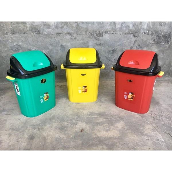 Tempat Sampah Plastik Semar