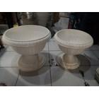 Pot Bunga Lotus Putih Plastik Dekorasi Manten 1
