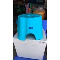 Bangku Kursi Dapur Plastik
