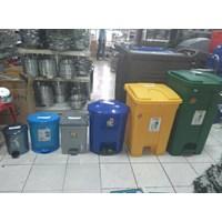 Jual Tong Tempat Sampah Plastik Pedal Injak Kamar Rumah Sakit & Roda Taman 2