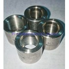 Half coupling SS304 #3000 size 3/8