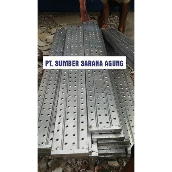 HOT DIP GALVANIZED METAL PLANK As 1157.