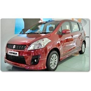Mobil Suzuki Ertiga Radiant Red Pearl