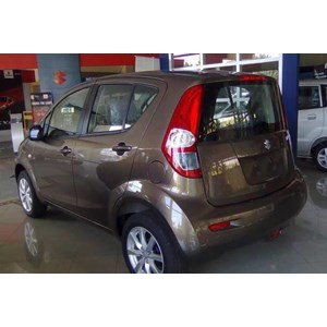 Mobil Suzuki New Splash Brown