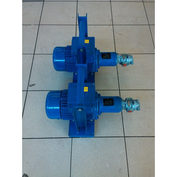 "Gear Pump CGX-050 - 1/2"" x 1/2"""