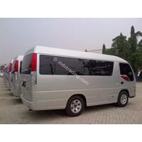 Distributor Isuzu NHR 55 Microbus 3