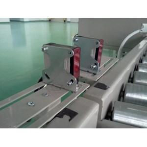 Conveyor & Sensor