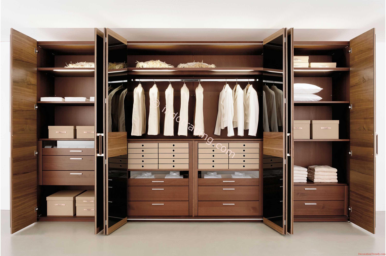 Шкафы-купе и гардеробные комнаты.