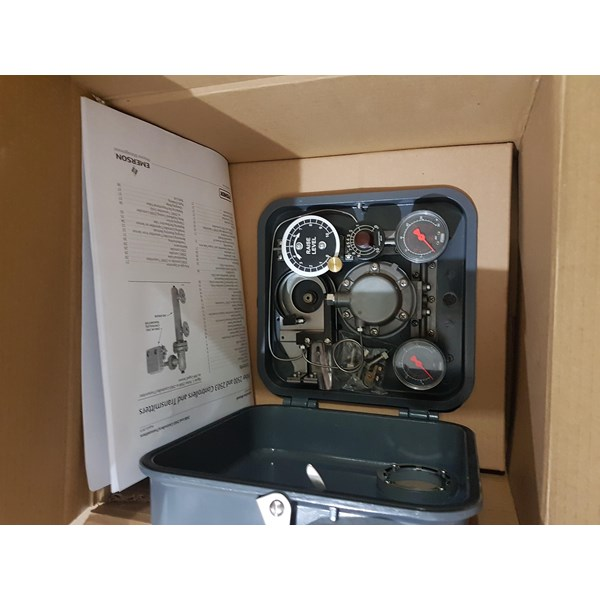 FISHER  2500-249B LEVEL CONTROLLER