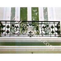 Balkon Ukir Minimalis 1