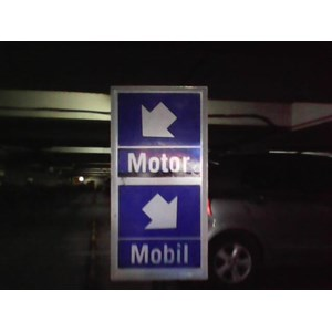 Jasa Pembuatan tanda parkir Mobil Motor By CV. Safety Parking