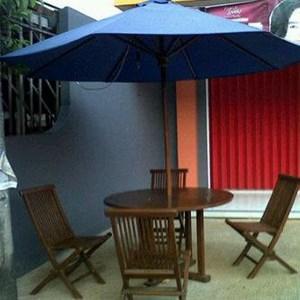 Payung Taman kayu jati