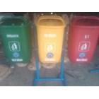 Tempat Sampah 3 Oval 9