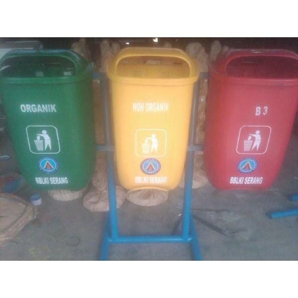 Tempat Sampah 3 Oval