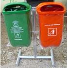Tong Sampah Fiber 10
