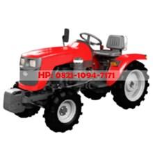 Mesin Traktor Sawah 4 Roda