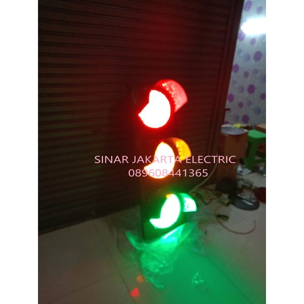 Lampu Traffic Light 30CM